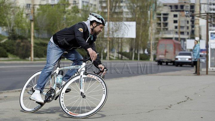 Studiu: Oamenii estimează greşit timpul necesar pentru a ajunge la destinaţie pe jos sau cu bicicleta