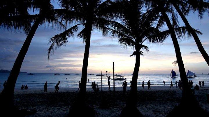 Cea mai cunoscută insulă turistică din Filipine, Boracay, se va închide șase luni pentru curățenie
