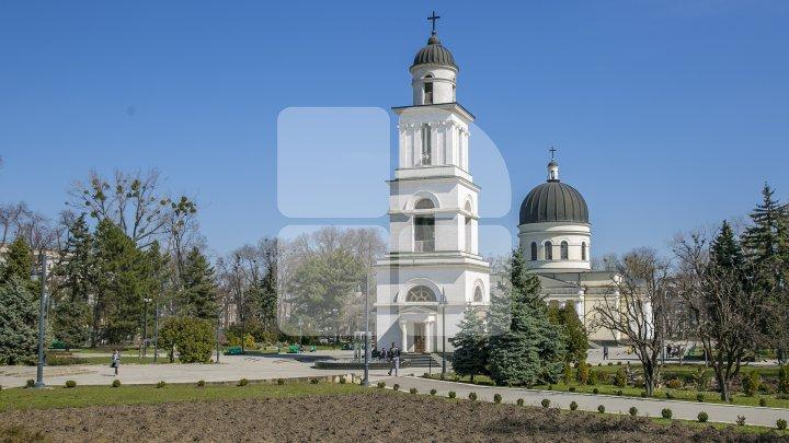 Paştele vine cu TEMPERATURI GENEROASE! Cum va fi vremea în Sâmbăta Mare şi în Noaptea Învierii