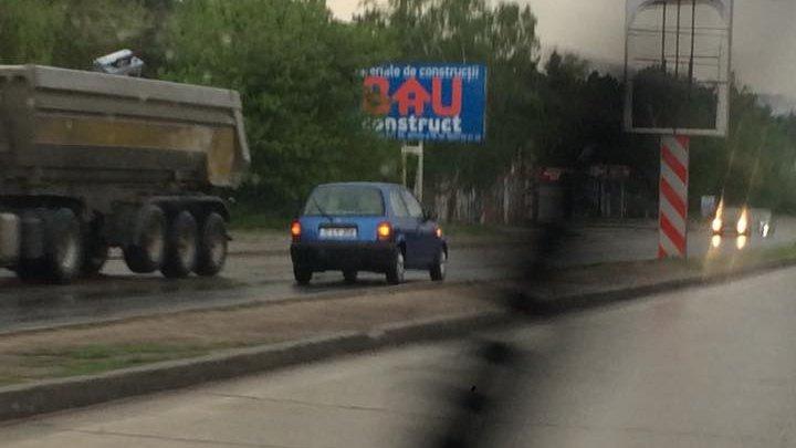 NO COMMENT. Cum a fost surprins un şofer în Capitală. Putea să provoace o TRAGEDIE (FOTO)