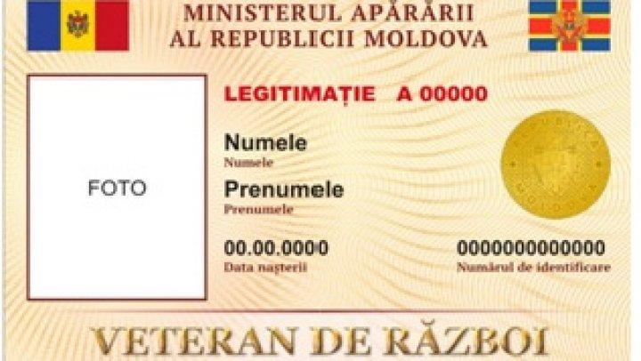 Ministerul Apărării a iniţiat schimbarea legitimaţiilor  pentru veteranii de război