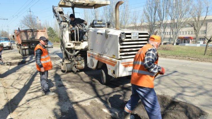 Silvia Radu despre lucrările de reparaţie a străzilor: Am dorit să văd situaţia din teren şi să mă asigur personal că lucrările au demarat într-un mod corespunzător