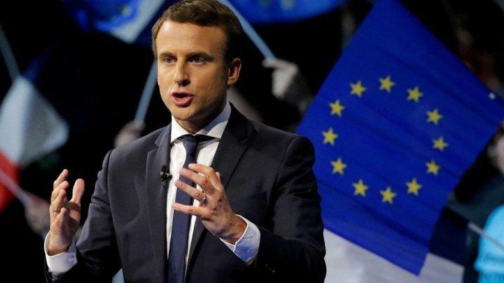 Emmanuel Macron salută curajul şi responsabilitatea omologului italian Mattarella în soluţionarea crizei din Italia