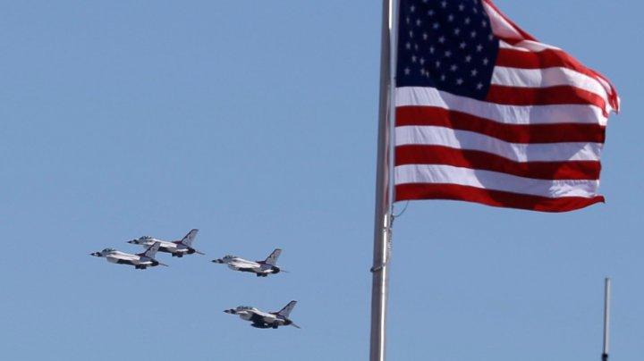 Un avion de luptă F-16 al Forțelor Aeriene Americane s-a prăbușit în apropiere de Las Vegas