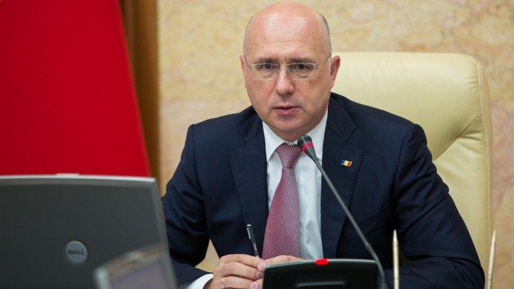 """Premierul Pavel Filip a cerut mobilizare maximă pentru respectarea termenelor din proiectul """"Drumuri bune pentru Moldova"""""""