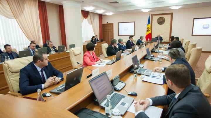 Guvernul continuă să îmbunătățească cadrul de reglementare a activităţii de întreprinzător
