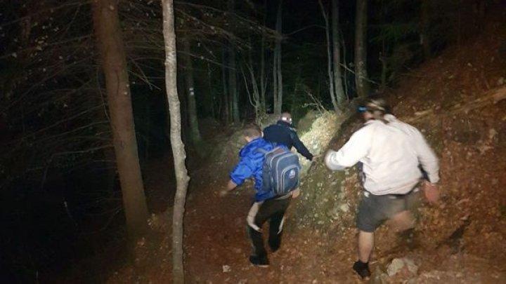 Au trăit o aventură periculoasă: Doi turişti s-au întâlnit cu un urs în munţii Bucegi