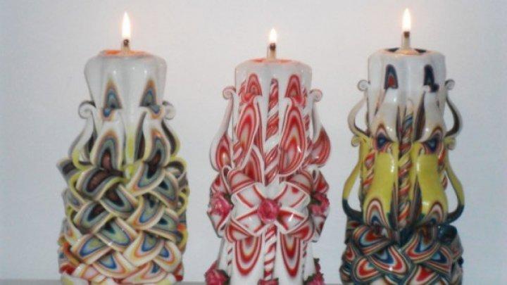 ADEVĂRATE OPERE DE ARTĂ! Cum sunt făcute lumânările decorative (VIDEO)