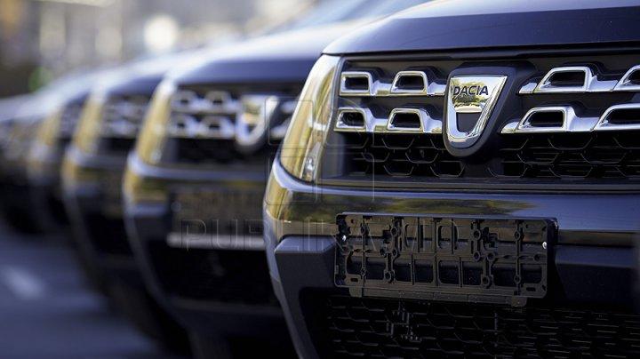 Vânzările de maşini noi în Marea Britanie au scăzut cu aproape 30% în iunie