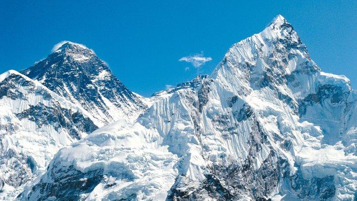 Un chinez ale cărui picioare au fost amputate din cauza degerăturilor va escalada din nou pe Everest