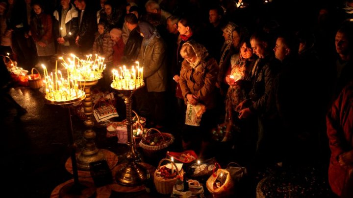 Tradiții de Paște în alte țări ortodoxe. Ce mănâncă și cum sărbătoresc europenii Învierea lui Hristos