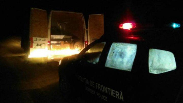 Un şofer auto a fost prins la frontieră cu o maşină pe care nu avea dreptul să o conducă