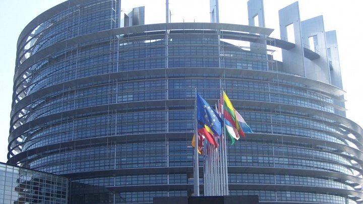 Parlamentul European înăspreşte regulile de finanţare a partidelor politice europene