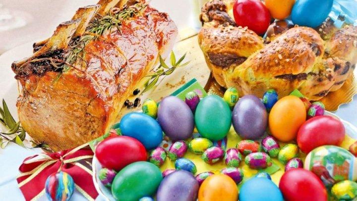 Ce bucate nu trebuie să lipsească de pe masa de Paşte