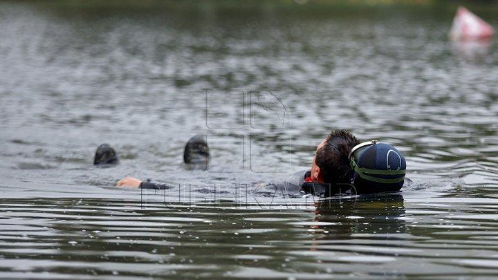 A plecat la pescuit și nu a mai revenit acasă. Cadavrul unui tânăr, găsit în apele unui lac din raionul Cahul (IMAGINI JALNICE)