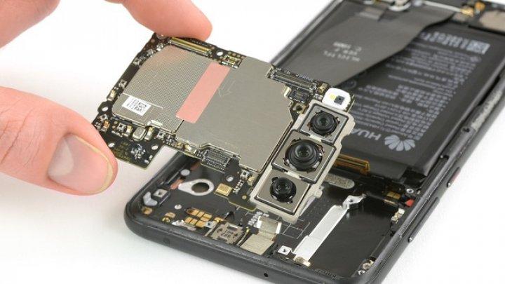 Huawei P20 Pro este mai greu de reparat decât iPhone X