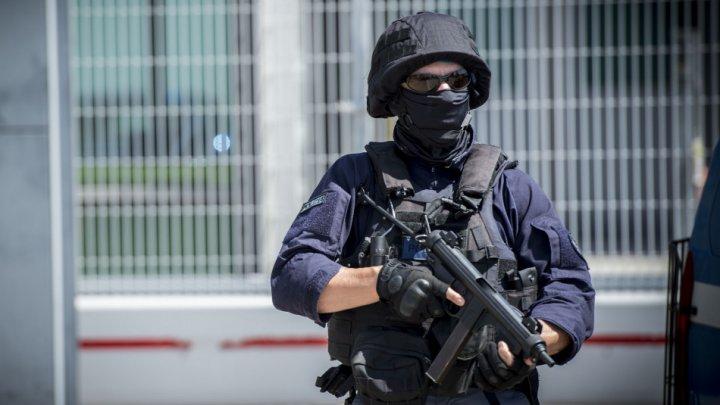"""Un membru ISIS aflat """"în misiune"""" a fost arestat în Italia. Ce pregătea suspectul"""