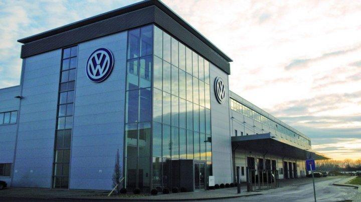 Volkswagen vrea să livreze anual 500.000 de baterii pentru viitoarele sale mașini electrice