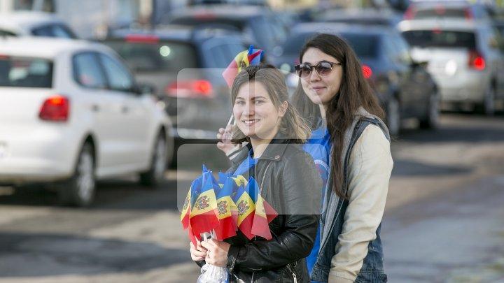 Experiment marca Prima Oră: Cât de bine cunosc moldovenii culorile și însemnele tricolorului