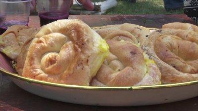 Festival gustos în nordul ţării. Cele mai delicioase plăcinte au fost pregătite în Hăsnăşenii Mari