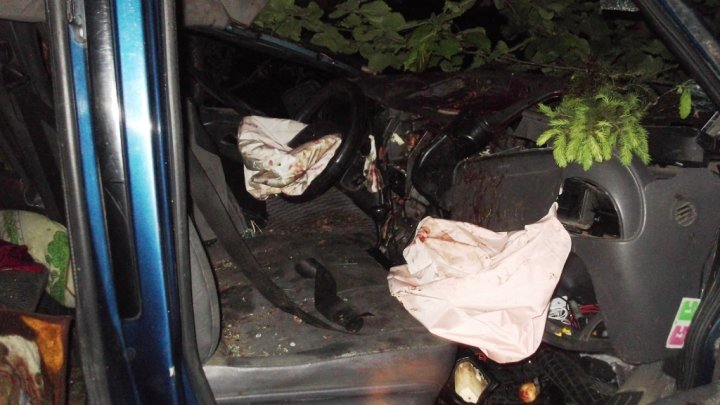 Accident cu moldoveni în Belarus. O persoană şi-a pierdut viaţa (FOTO)