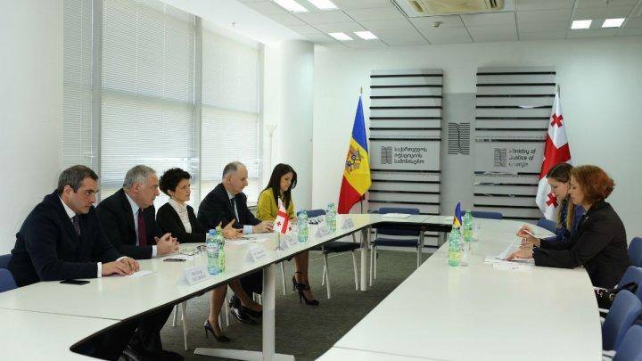 Ministrul Justiţiei Victoria Iftodi a avut o întrevedere bilaterală cu Ministrul Justiţiei al Georgiei, Tea Tsulukiani