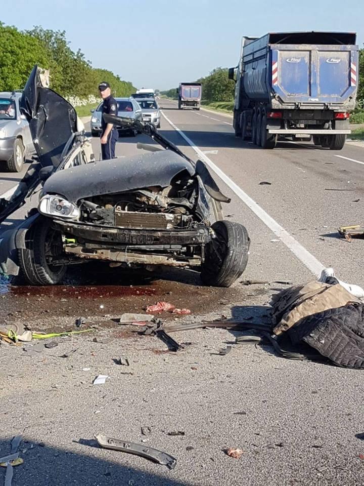 ACCIDENT TRAGIC pe șoseaua Orhei-Bălți. Șoferul automobilului a murit pe loc (IMAGINI DE GROAZĂ)