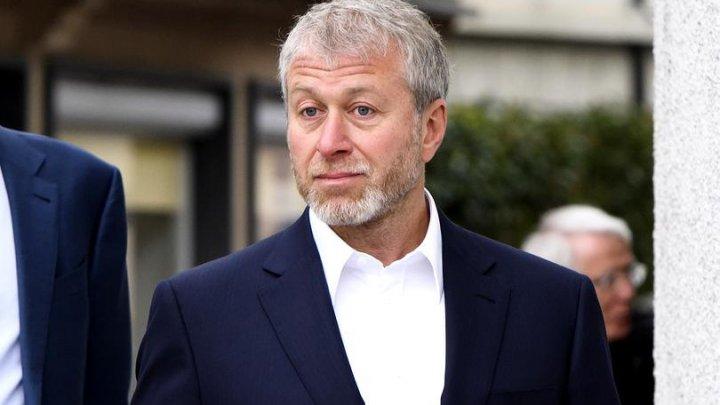 Roman Abramovich nu poate să lucreze la Chelsea. Care este motivul