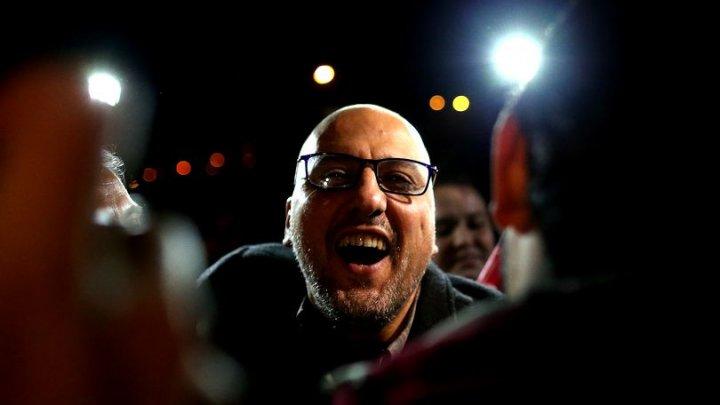 Întorsătură neaşteptată. Un jurnalist acuzat de terorism candidează la alegerile din Turcia