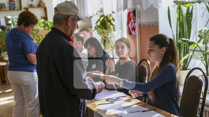 Moldovenii care se află în străinătate se pot înregistra prealabil pentru următoarele alegeri parlamentare