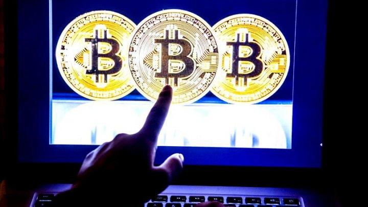 Un bărbat a pierdut Bitcoin în valoare de 600.000 de dolari după ce a descărcat aplicația greșită