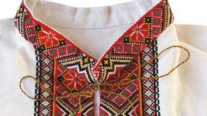 Festivalul costumului tradiţional ucrainean, la Chişinău. Zeci de ucraineni şi-au promovat portul popular