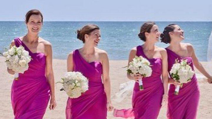 De ce domnișoarele de onoare se îmbracă la fel. Cum a apărut obiceiul bizar
