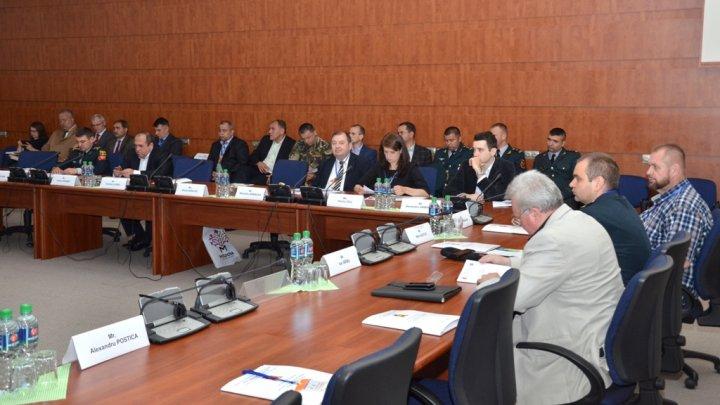 Mediul strategic de securitate, evaluat de experţi internaţionali la Ministerul Apărării