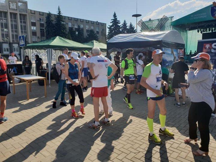 Zilele oraşului Nisporeni. Aproape 200 de oameni au participat la cursa EcoRun
