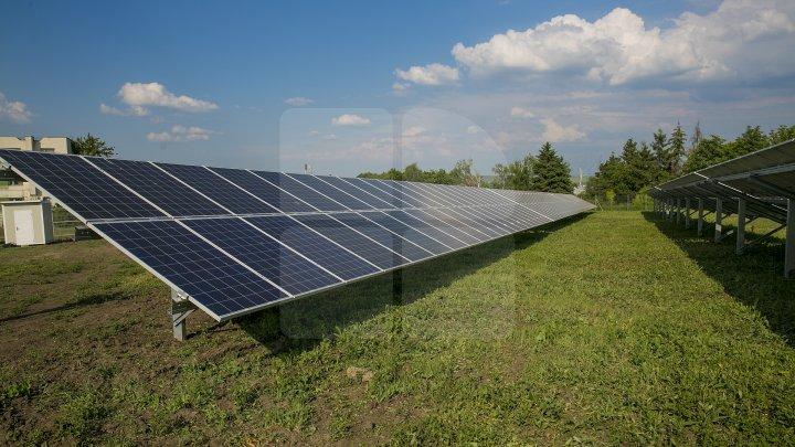 Cel mai mare parc fotovoltaic din ţară, la Comrat. Un antreprenor italian investeşte aproximativ cinci milioane de euro