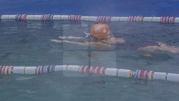 Record inedit pentru o bătrână din SUA. A înotat la 97 de ani