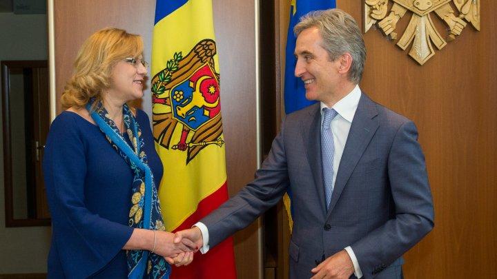 Viceprim-ministrul Iurie Leancă, în dialog cu Comisarul European pentru Politica Regională, Corina Creţu