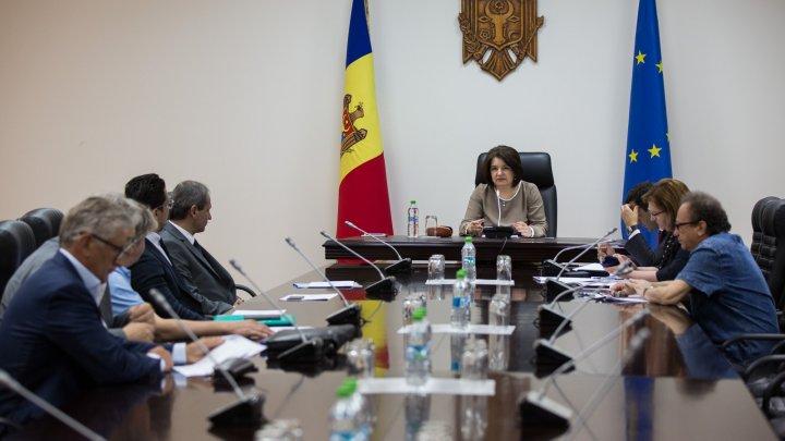Comisia pentru decernarea Premiului Naţional s-a întrunit în prima ședință (FOTO)