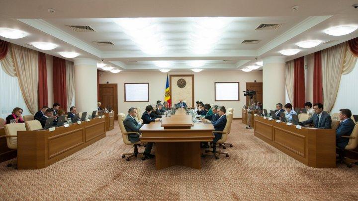 Executivul înăsprește cadrul legal privind răspunderea disciplinară a judecătorilor