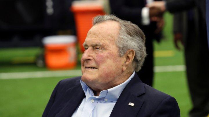 Fostul preşedinte american George Bush senior a fost spitalizat din nou