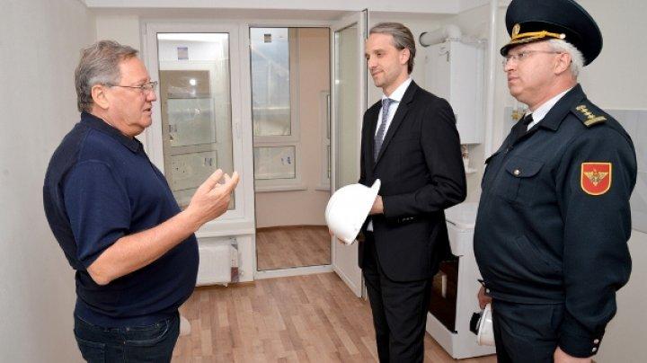 Eugen Sturza a inspectat construcţia apartamentelor de serviciu pentru militari de pe strada Nicolae Testemițanu
