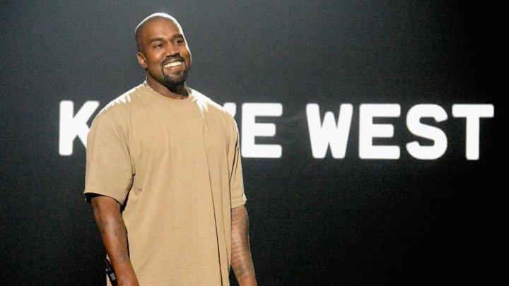 Rapperul Kanye West anunță că și-a schimbat numele