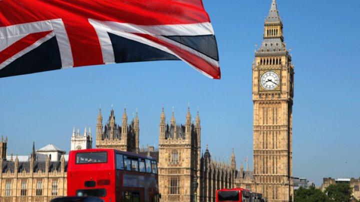Londra vrea să interzică circulaţia rutieră pentru mai multe zile pe an