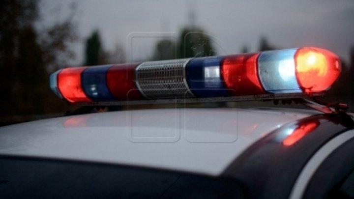 IGP a iniţiat o anchetă de serviciu după ce o fetiţă de 8 ani a fost lovită de o maşină a Poliţiei în centrul Capitalei