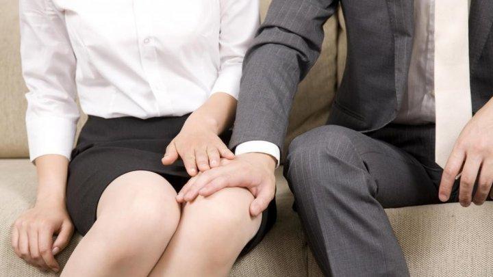 Fiecare a cincea femeie din Moldova este HĂRŢUITĂ SEXUAL la locul de muncă