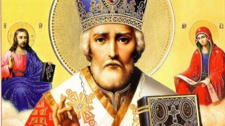 Creştinii ortodocşi îl sărbătoresc pe Sfântul Nicolae de Vară