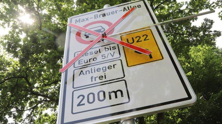Hamburg, primul oraş din Europa care a interzis maşinile Diesel pentru a reduce poluarea