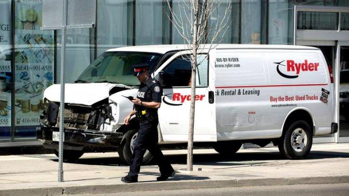 Suedia vrea să oprească atentatele cu mașini folosind tehnologia geo-fancing