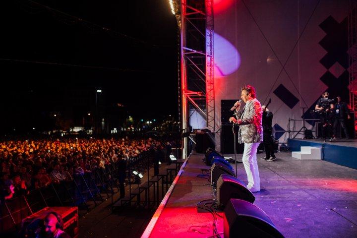 Concert SPECTACULOS de 9 mai în PMAN. Peste 50.000 de oameni au venit la eveniment (FOTOREPORT)